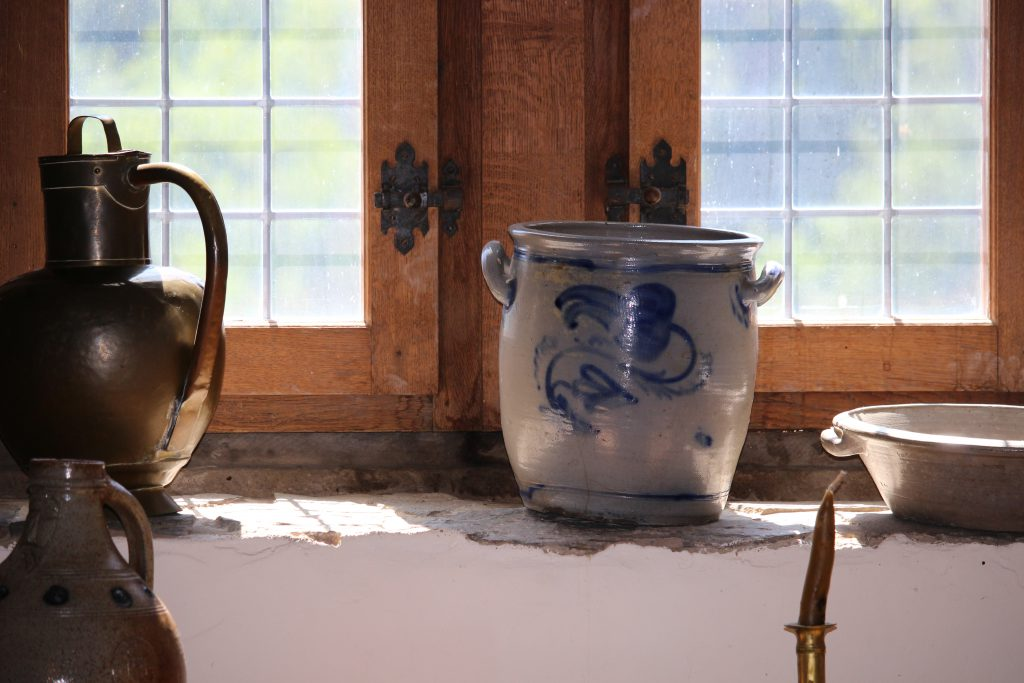 Pots in the kitchen of Castle of Vianden