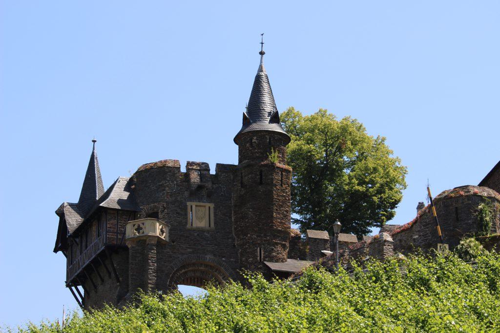Entrance gate Reichsburg castle Cochem