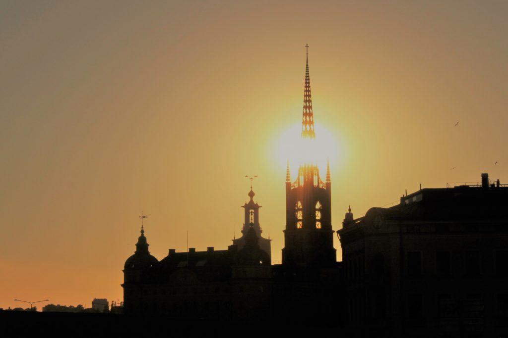 Stadshuset at sunset