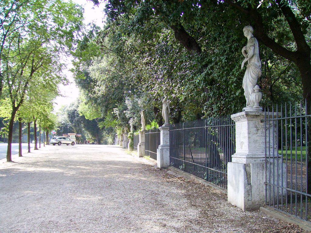 Statues Villa Borghese park